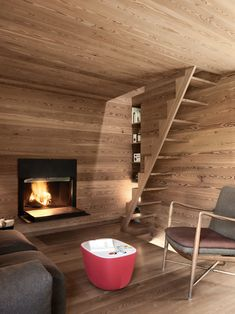 Nestled in the Sarreyer hillside, just beyond a charming village in the Swiss Alps, is a tiny cabin. Designed by Vevey-based firm, Rapin Saiz Architects, the. Old Cabins, Tiny Cabins, Journal Du Design, Timber Panelling, Oak Panels, Wooden Stairs, Swiss Alps, Modern Rustic, Tiny House