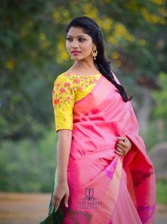 New sewing blouse pattern linens Ideas Saree Blouse Neck Designs, Fancy Blouse Designs, Bridal Blouse Designs, Blouse Patterns, Kurta Designs, Stylish Blouse Design, Collor, Boat Neck, Work Blouse