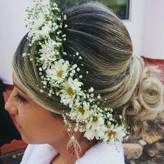 #flaviayukiehairstylist #editorialdenoivas #saolourenço #noivas #casamentonocampo #fotosdecasamento #penteadodecasamento #hairstyle #hairstylist #bastidores #noiva #penteadodivo