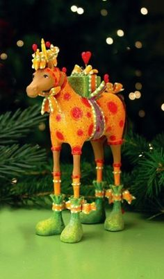 "Krinkles ""Maisy Horse Ornament"" by Patience Brewster - NIB Horse Christmas Ornament, Christmas Card Crafts, Handmade Christmas Decorations, Christmas Art, Christmas Tree Ornaments, Christmas Mantles, Reindeer Decorations, Christmas Villages, Victorian Christmas"