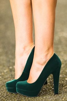 The most perfect pair of hunter green heels I have ever seen!