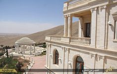 Islamic State: Qatari royal family's Syrian mansion becomes Isis' luxury headquarters