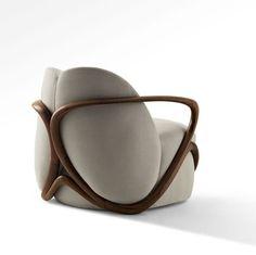 Máxima Site   Confortável e com um design original, a poltrona Hug, da autoria de Rossella Pugliatti, é comercializada pela QuartoSala.