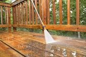 Sealing A Deck after Pressure Washing . Sealing A Deck after Pressure Washing . How to Pressure Wash A Wood Deck Pressure Washing Tips, Best Pressure Washer, Pressure Washing Services, Pressure Washers, Cleaning Services, Cool Deck, Diy Deck, Terasse En Composite, Gardens