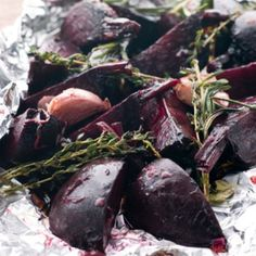 Roasted beets are easy, taste sweet, and have an amazing texture. Once you learn how to roast beets in an oven or in the air fryer, you might find yourself making beet recipes much more often! How To Roast Beets Perfectly Beet Recipes, Quick Recipes, Healthy Recipes, Recipies, Healthy Desserts, Roasted Beets, Grilled Veggies, Vegetable Dishes, Gastronomia