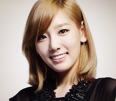 Taeyeon SNSD Hairstyles 2012 Girls Generation Fashion Style Trends Pictures