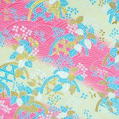 Handmade origami papír - Růžové a pastelové lístky Luxusní hand made origami papír. Výborná kvalita. Papír je vyrobený technikou sítotisku a má krásné kontury zlaté barvy. Rozměry 14 x 14 cm. Gramáž 70 gsm.