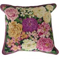 Primavera Floral Tapestry : Rose Garden Tapestry - DM-138Primavera Floral Tapestry