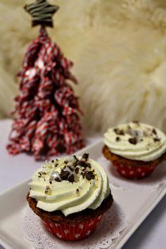 Kakkuviikarin vispailuja!: Marianne-kuppikakut Cupcakes, Desserts, Food, Tailgate Desserts, Cupcake Cakes, Deserts, Essen, Postres, Meals