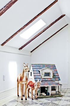 Kids' room in Hudson, USA at Stewart and Jane Devlin's house. Photo : Davina Zagury, Interview Samantha Adam for  MilK magazine.