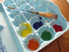 Recycled egg cartons for paint. Great for classrooms!