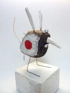 """les ZOZOS de M'sieur Louche.© bois, papier mâché, DIY, handycraft, création unique de toons, animaux et autres """"aliens"""""""