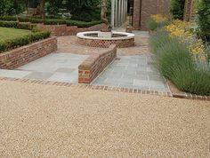 Resin bound or resin bonded? Paving information from Clearstone, the UK's leading supplier and installer of driveways, paths and surfacing. Gravel Walkway, Wood Walkway, Driveway Paving, Outdoor Walkway, Driveway Design, Shingle Driveway, Driveway Ideas, Resin Driveway, Resin Patio