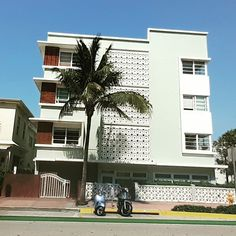 #ArtDeco #SouthBeach #HistoricBuilding #CoolBuilding #Tropical #LasOlas #561BUILD #ForensicEngineer #PalmBeach #FtLauderdale #Miami