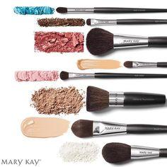 Toda obra maestra de maquillaje comienza con pinceles de calidad profesional. ¡Hazte ya con la Colección de Brochas Mary Kay! #maquillaje #marykay  #Marykayespaña #marykayespana #brochas #cosmética #belleza