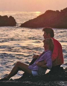 They will spend most of their time together training and falling in love on the beach. Grease Sandy, Movie Couples, Cute Couples, Iconic Movies, Good Movies, Sandy And Danny, Grease Is The Word, Grease Movie, Olivia Newton John