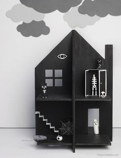 Haunted Dolls House - Mr Printables | Make out of cardboard! Free template