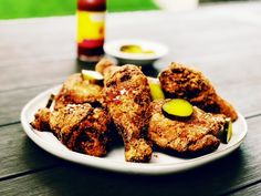 Fried Chicken Brine, Fried Chicken Legs, Baked Chicken, Chicken Recipes, Eat Mor Chikin, Baking Bowl, Buttermilk Fried Chicken, New Recipes, Pickles