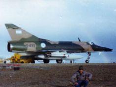 y esto dice Tumbledown Sukhoi Su 37, Civil Air Patrol, Falklands War, Military Love, Down South, Aviation Art, Royal Navy, Military Aircraft, Warfare