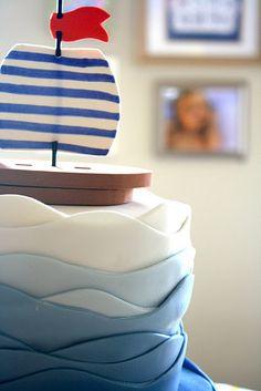 boat cake detail