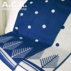 Roros Tweeds Blanket VINTERSKOG   ロロスツイード ブランケット ヴィンタースコック(冬の森)ブルー(青)シングルサイズ - 北欧 ブランケット - A.C.R. zakka select shop
