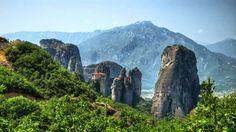 Rock Pillars Monasteries in Meteora - feed2know