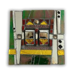 Light switch in green, yellow and white - mosaic. Size 9 x 9 x 1.5 cm. Hand crafted in Murano and Tiffany stained glass. Size 9 x 9 x 1.5 cm. Please feel free to send me a message on Pinterest for commissions.
