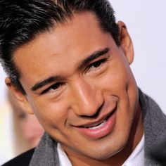 Mario Lopez oh those dimples Perfect People, Beautiful People, Hollywood Men, Fine Men, Celebs, Celebrities, Attractive Men, Good Looking Men, Dimples