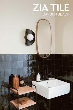 Black Tile Bathrooms, Modern Bathrooms, Beautiful Bathrooms, Deco Paris, Bathroom Renos, Mid Century House, Bath Remodel, The Ranch, Bathroom Interior Design