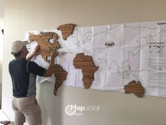 Installing MapaWall wooden world map Zebrano with Hawaii 1 Installation der MapaWall Holzweltkarte Zebrano mit Hawaii 1 World Map Wall Decor, Travel Wall Decor, Wood World Map, Wall Maps, World Decor, World Map Wallpaper, Globe Decor, Home Decor Furniture, Wall Design