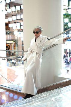 Accidental Icon: Conceptual Fashion Advice for Minimalists