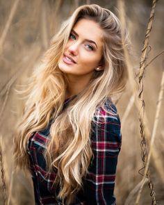 Beautiful Long Hair, Gorgeous Women, Masque Anti Ride, Looks Pinterest, Beautiful Athletes, Natural Wavy Hair, Blonde Model, Hair Blog, Hair Photo