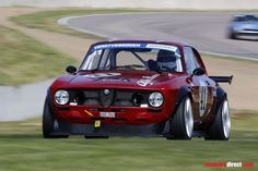 A very fast and good looking classic Alfa for track days or racing!