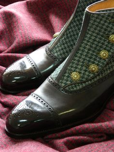 Saint Crispin's botton up boot