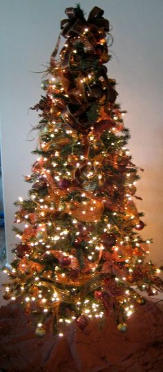 1000 images about brown and gold christmas on pinterest Brown and gold christmas tree