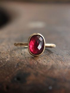 Simple Yet Stunning Gold & Garnet Ring