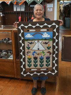 Native American Prayers, Native American Rugs, Native American Symbols, Native American Indians, Navajo Weaving, Navajo Rugs, Indian Quilt, Indian Rugs, Painted Rug