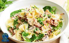 فارفاله قارچ و اسفناج Farfalle Recipes, Farfalle Pasta, Ham And Mushroom Pasta, Mushroom Recipes, Mushroom Food, Spinach Stuffed Mushrooms, Stuffed Peppers, Vegetarian Pasta Salad, Veggie Pasta