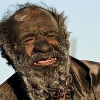 This 80 Year Old Man Has Not Taken A Bath In 60 Years. Just Wait Til You See Him Creative Words, Creative Art, Detroit Become Human, Pictures Of People, Old Men, Creative Photography, Humor, Fun Facts, Weird