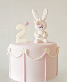 Ava's Bunny Cake by Sweet Tiers 1st Birthday Cakes, 2nd Birthday Parties, Bunny Birthday Cake, Birthday Ideas, Pretty Cakes, Cute Cakes, Cupcakes Decorados, Decoration Patisserie, Rabbit Cake