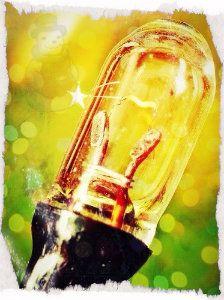 Lichtbron: je ziet waar de licht vandaan komt dus er is sprake van een lichtbron