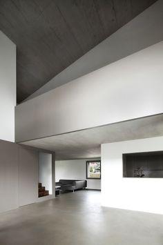Haus am Bach / Dolmus Architekten