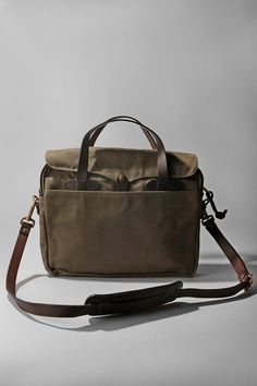 Filson Original Messenger... yet another fathers day idea