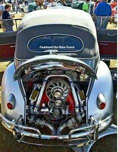 Twin turbo bug engine under the hood! Ferdinand Porsche, Fusca German Look, Combi Wv, Vw Rat Rod, Beetle Convertible, Volkswagen Convertible, Kdf Wagen, Hot Vw, Vw Engine