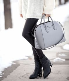Givenchy Antigona Pearl Grey