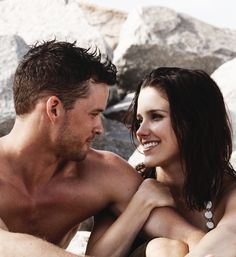 One Tree Hill. One my favorite couples!!!!!