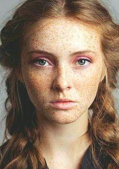 Freckles + a soft pink eye