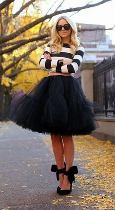 black tulle and bows