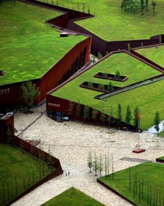 landscape architecture design chinas wenchuan earthquake memorial museum conceived as an architectural landscape Model Architecture, Architecture Design Concept, Architecture Durable, Green Architecture, Futuristic Architecture, Sustainable Architecture, Memorial Architecture, Natural Architecture, Architecture Portfolio