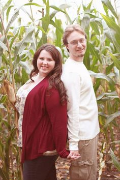 Fall, engagement, plus sized, beautiful photos!